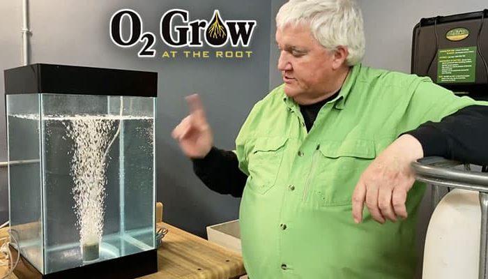 Dennis demonstrates oxygen nanobubbles